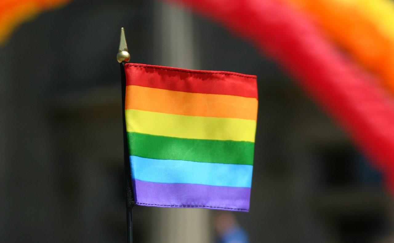 rainbow-flag-in-cap-1423032-1280×1920